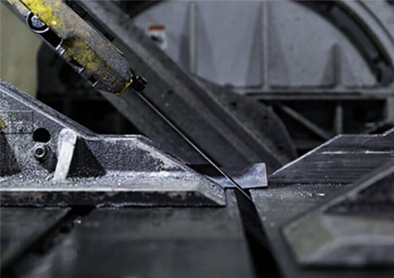 工場内の内観画像